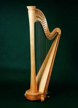 Konzertharfe Serenade 47 Saiten Höhe: ca. 183 cm Gewicht ca. 34 kg